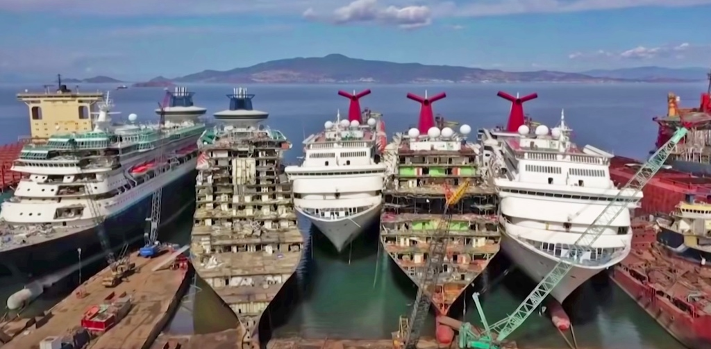 Cruise ships are scrapped and dismantled in an industry that's in a declining free fall.